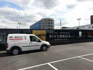 MrShifterLondon ready to help at the Royal Arsenal Riverside