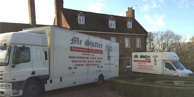 removals trucks in london